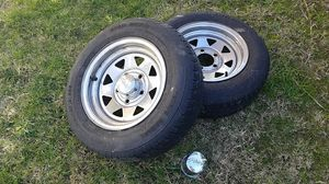 Rims and tire 175/70R13. for Sale in Diamond Bar, CA