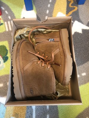 Toddler Ugg Boot Size 8 for Sale in Washington, DC