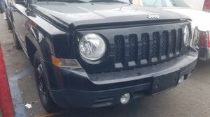 Jeep Pa2014 Jeep Patriot 2.4L Automatic trans 2wd parting out for Sale in Los Angeles, CA