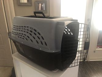 Small dog/cat crate for Sale in Charlotte,  NC