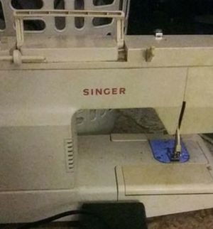Singer sewing machine for Sale in Pittsburgh, PA