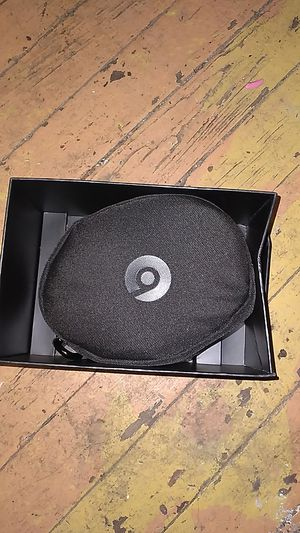 Beats solo 3 wireless new for Sale in Delaware, OH