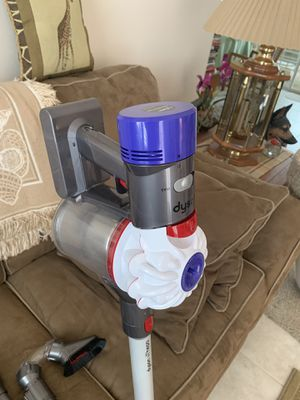 Dyson V7 HEPA filter for allergies for Sale in Port St. Lucie, FL
