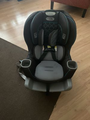 Extend2Fit® Convertible Car Seat for Sale in Chicago, IL