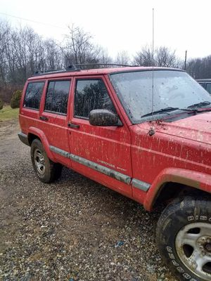 2000 Jeep Cherokee Sport. 4.0 for Sale in Utica, OH