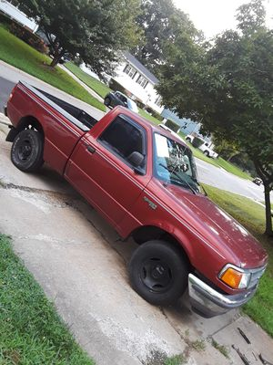 Ford ranger 2wd title clean year 1997 millas 203 mil for Sale in Adelphi, MD