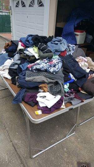 100 womens clothes for Sale in Brooklyn, NY
