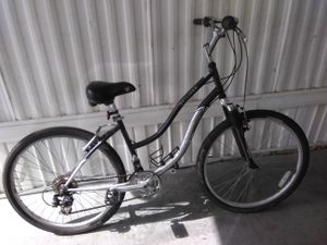 Bike Schwinn Skyliner for Sale in Largo, FL