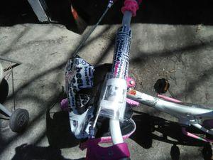 Girls bike Barbie for Sale in Detroit, MI
