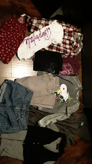 Womens lot Medium Large for Sale in Leon, WV