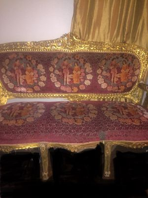 Antique Couch and 2 Chairs for Sale in Dallas, TX