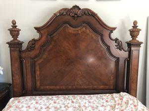 Queen Size Bedroom Set for Sale in San Jose, CA