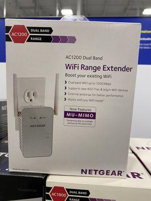 Netgear AC1200 WiFi Range Extender for Sale in Cicero, IL