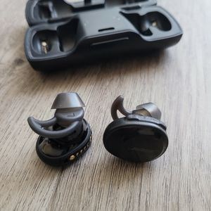 Bose Soundsport Free Wireless Headphones for Sale in Glendale, CA