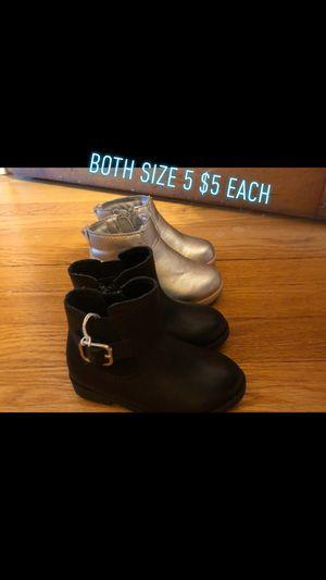 Toddler girl boots for Sale in Allen Park, MI