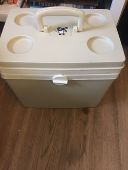 KOOL MADE Portable Refrigerator/ Warmer Unit... AC and of DC powered portable electric cooler/ warmer for Sale in Trappe,  MD
