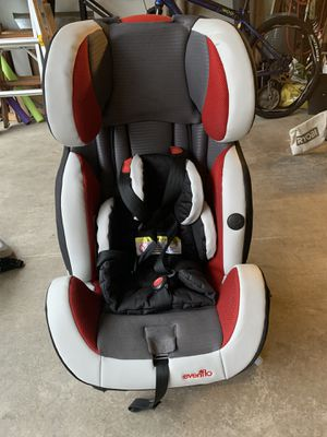 EVENFLO BABY CAR SEAT for Sale in Renton, WA