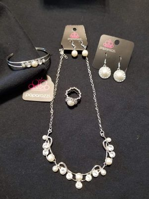 Pearl Bead Wedding Necklace set for Sale in Haines City, FL