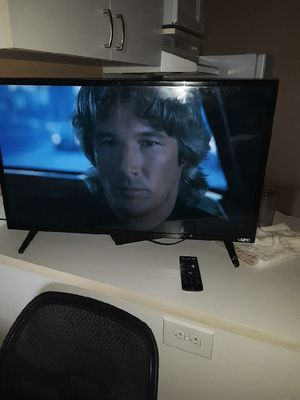 Smart Vizio tv for Sale in Columbia, MO