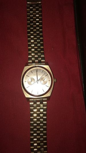 Nixon rose gold watch for Sale in Manteca, CA