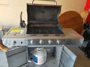 Charbroil grill 5 burners for Sale in Spokane, WA