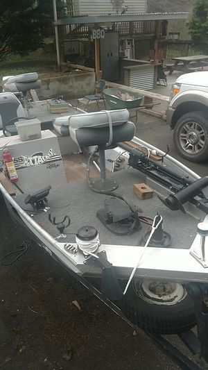 15 1/2 bass attacker by sea nymph for Sale in Shawsville, VA