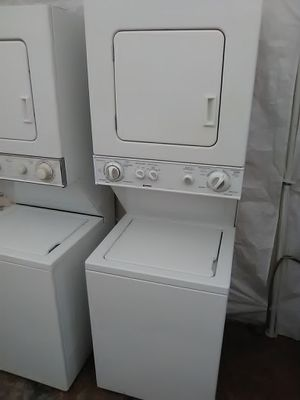 """24"""" stackable washer and dryer for Sale in Miramar, FL"""
