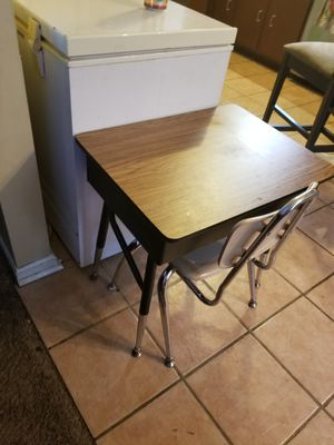 Kids desk for Sale in Douglasville, GA