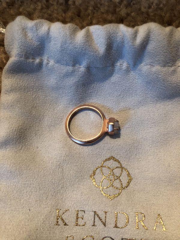 4b1c10064d0dd Kendra Scott Calvin Ring for Sale in Mission, KS - OfferUp