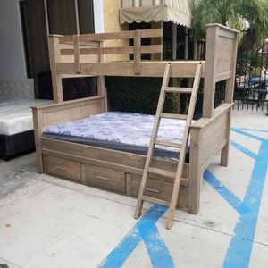 BUNK BED TWIN OVER FULL W/ DRAWERS for Sale in Hawthorne, CA