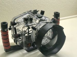 Ikelite Canon 7D Underwater Housing for Sale in San Antonio, TX