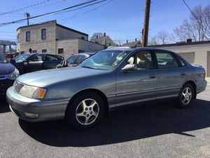 1998 TOYOTA AVALON XLS for Sale in Waltham, MA