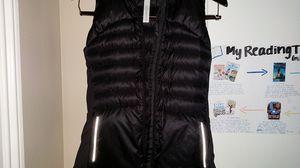 NWT Lululemon vest XS size 4 for Sale in Ashburn, VA