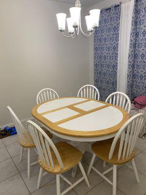 Kitchen table for Sale in Buckeye, AZ