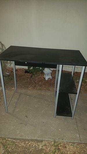Computer desk for Sale in Highland, CA