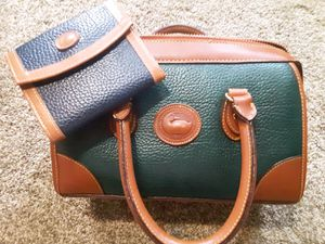 Dooney & Bourke All Weather Leather purse & wallet for Sale in Salt Lake City, UT