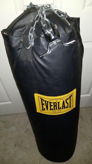 Everlast 10T-0797105 Heavy bag for Sale in Lawrenceville, GA