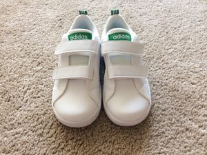 Brand new Adidas toddler shoes size 9/10 for Sale in Alexandria, VA