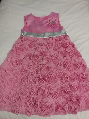 Hello Kitty toddler girl's spring dress size 6 for Sale in Pittsburgh, PA