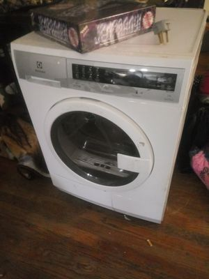 Electric Dryer for Sale in Fort Wayne, IN