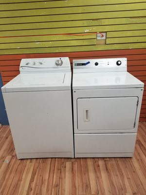 Maytag gas dryer and washer for Sale in Aurora, IL