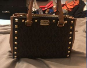 Michael kors leather tote bag for Sale in Fontana, CA