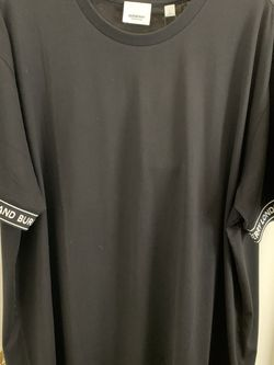 Brand New With Tags Men's Burberry Sleeve Cuff Logo T-shirt Size: Large (100% Authentic) for Sale in Los Angeles,  CA