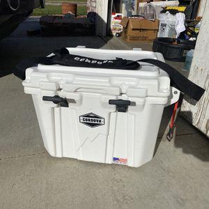 Cordova Ice Cooler for Sale in Corona, CA