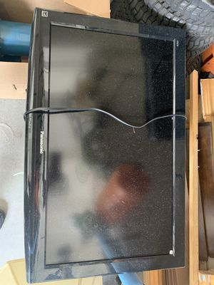 """Panasonic TV 32"""" - Working Well for Sale in Miami, FL"""