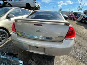 Chevy impala 2011 only parts transmission good for Sale in Miami Gardens, FL