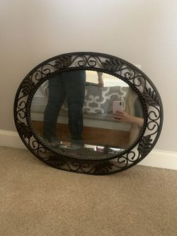 Oval Mirrors (Set of Two) for Sale in Duvall,  WA