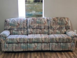 Couch for Sale in Claremore, OK