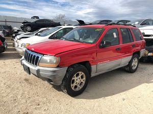 2000 Jeep Grand Cherokee Laredo parts for Sale in Grand Prairie, TX
