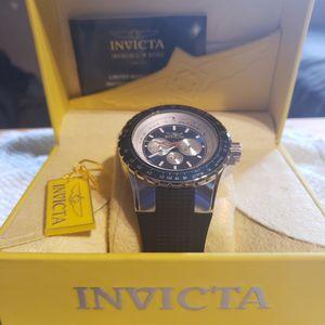 New, Men's Invicta 50mm Aviator for Sale in Fresno, CA